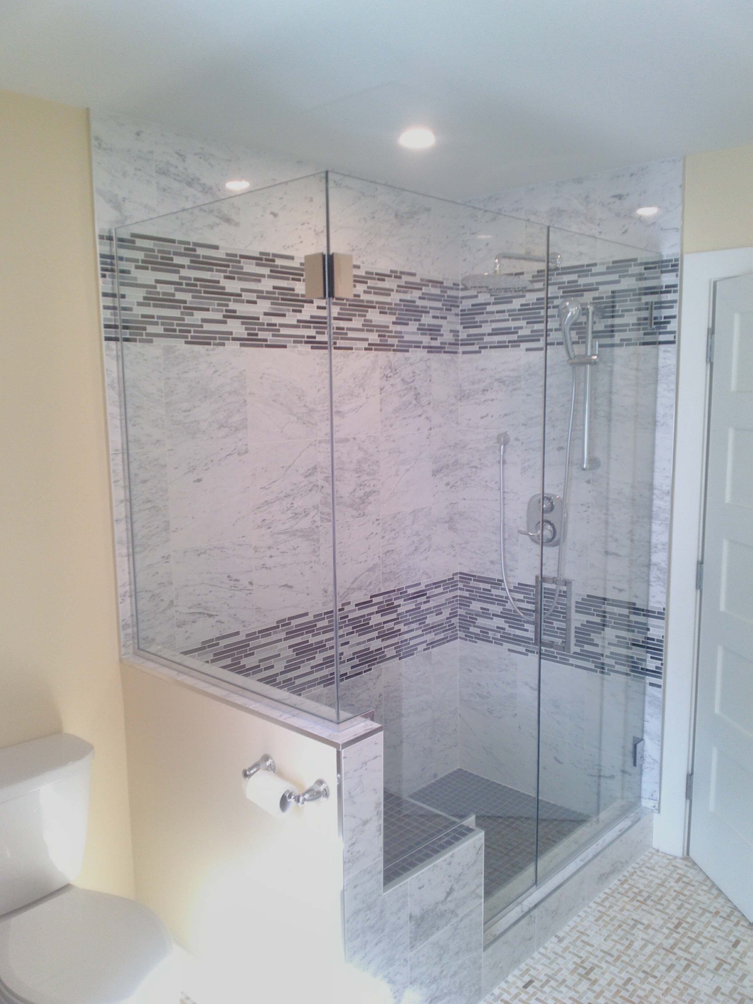 Showers sliding door